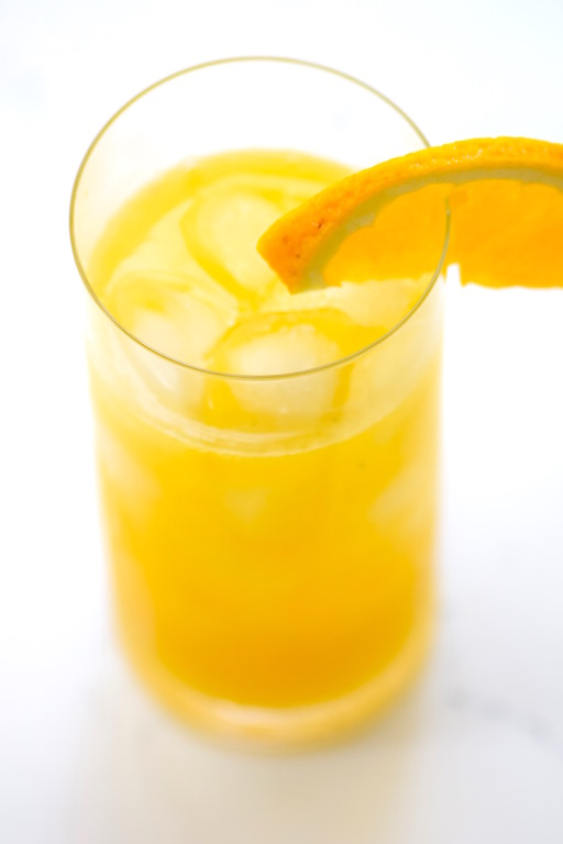 Fresh Mango Citrus Cocktail | TastingPage