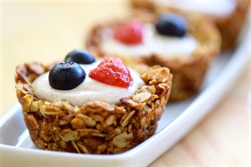 Granola cups with fresh fruit | TastingPage.com