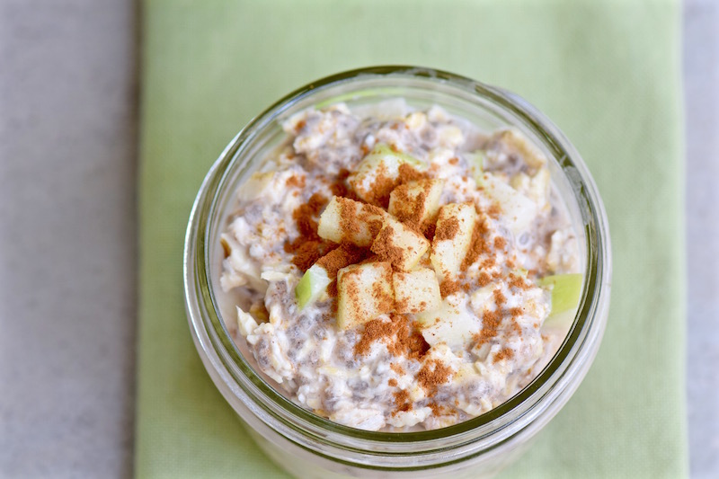 Apple Overnight Oats | TastingPage.com