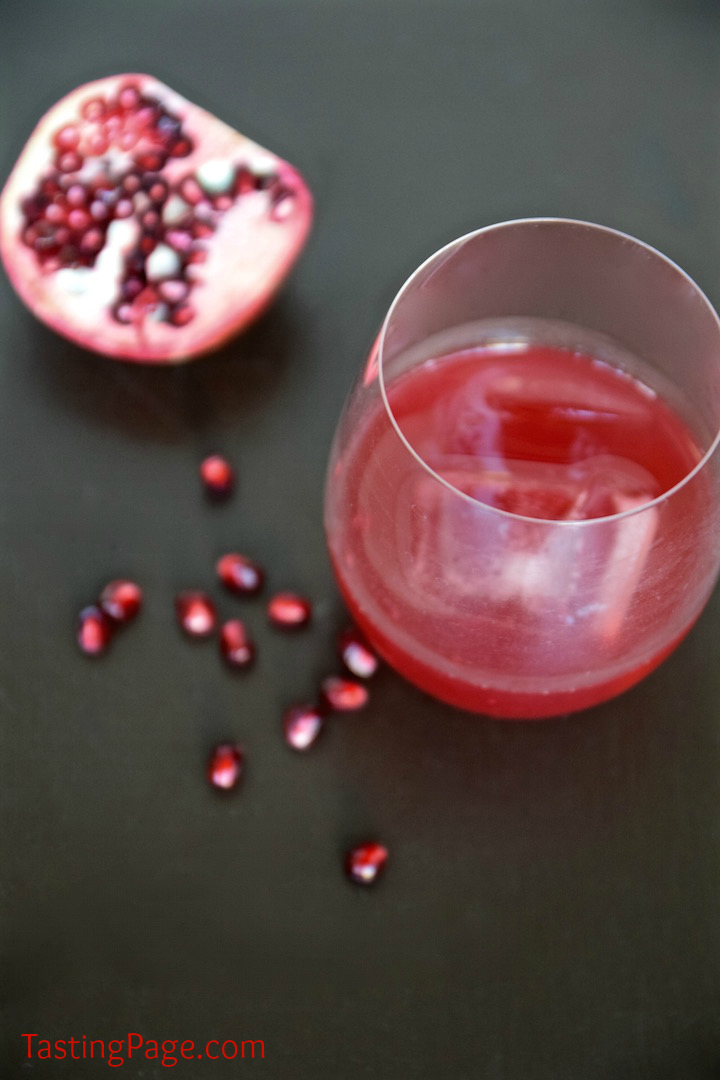 Pomegranate Whisky Cocktail | TastingPage.com