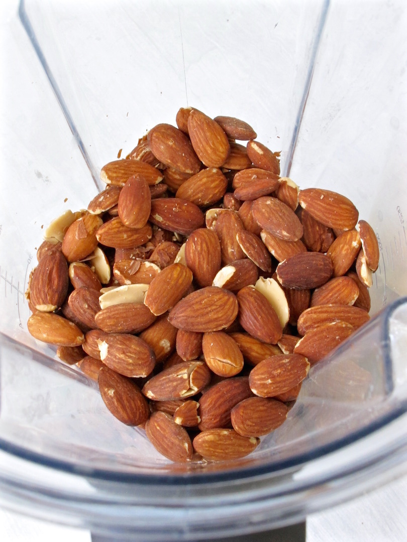 almonds in blender
