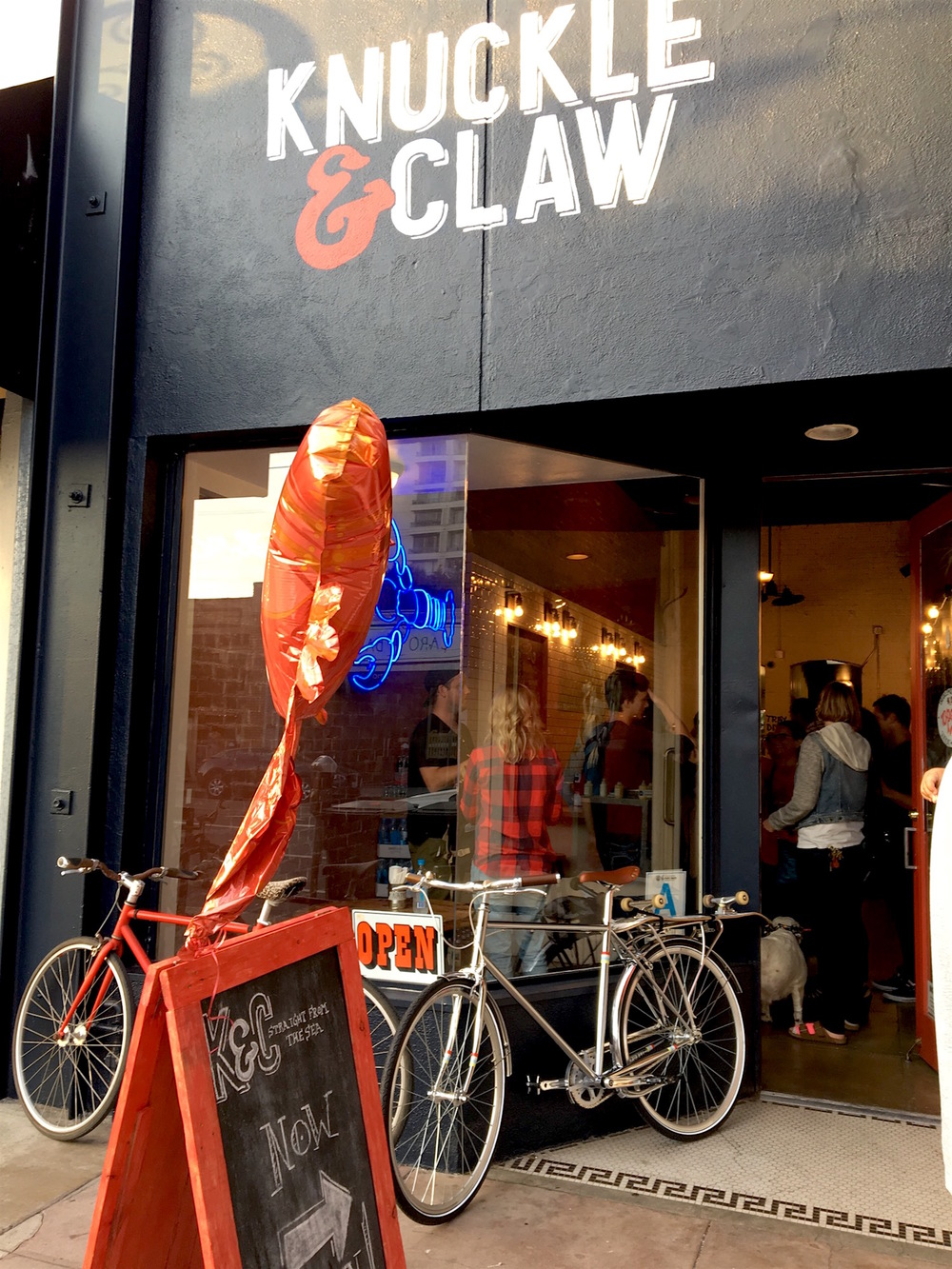 Knuckle and Claw Main St Santa Monica.JPG
