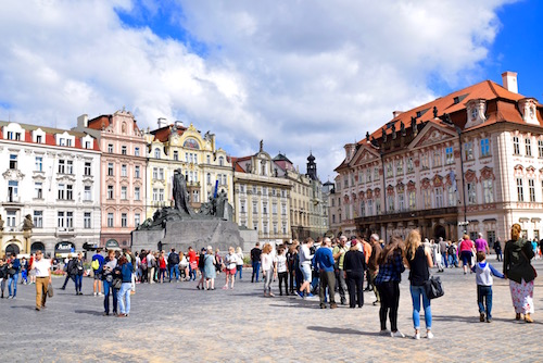 Prague downtown square.jpg