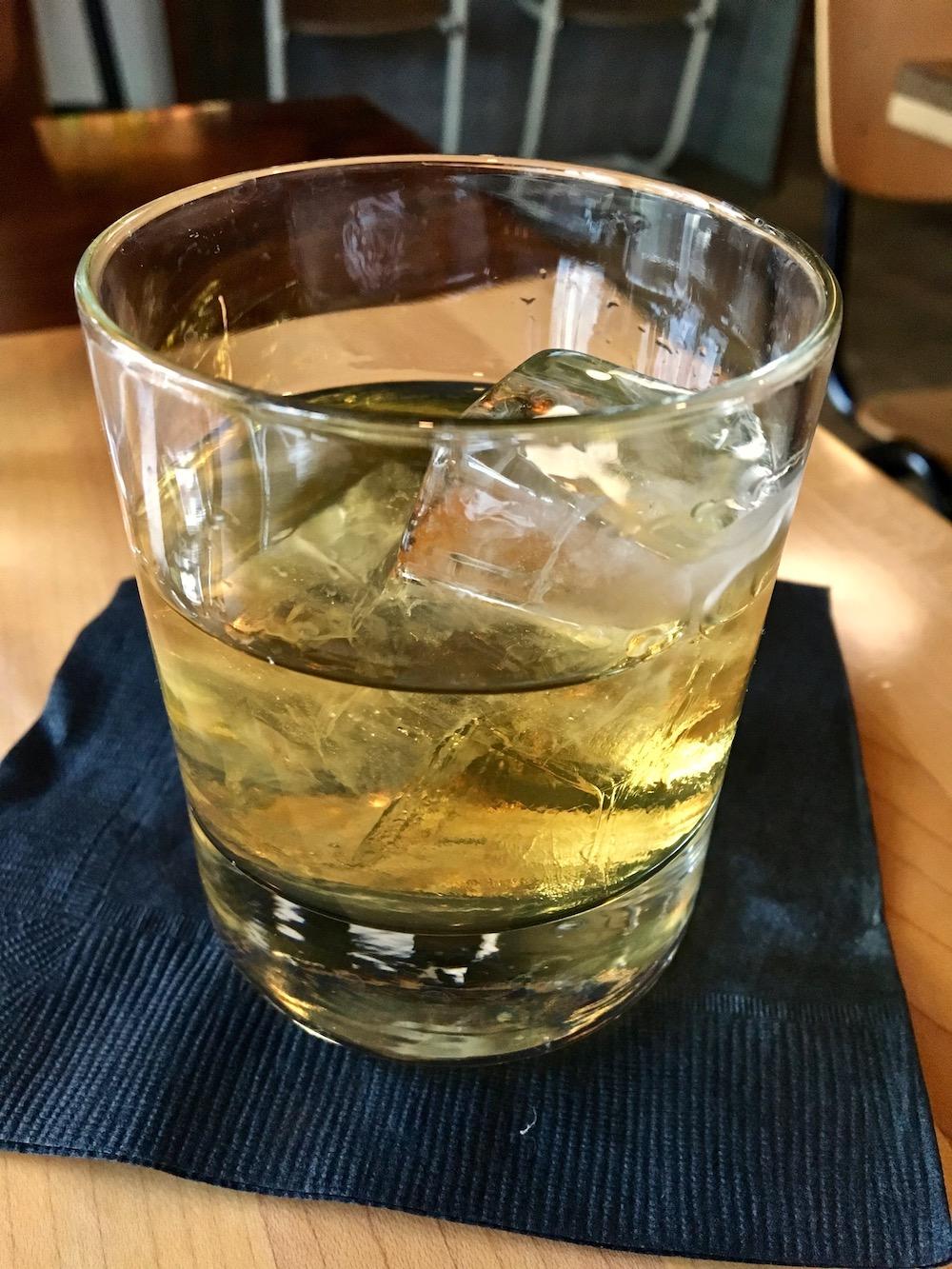 Status Kuo whiskey.jpg