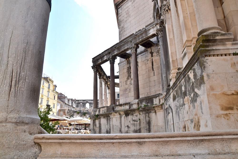 Split ruins.jpg