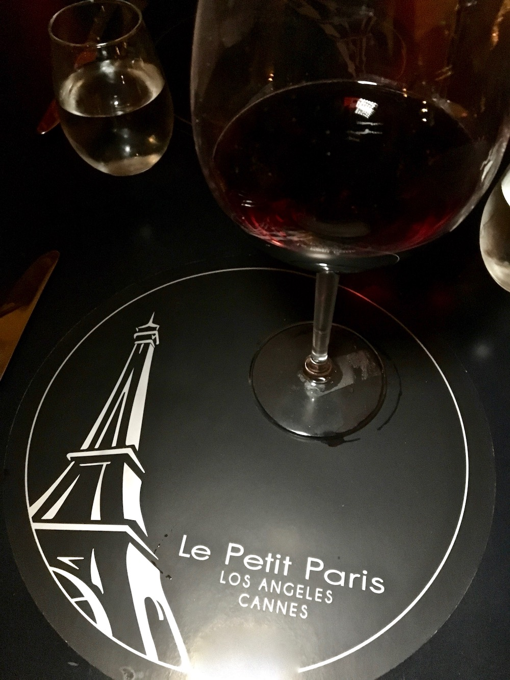 Le Petit Paris French Restaurant.jpg