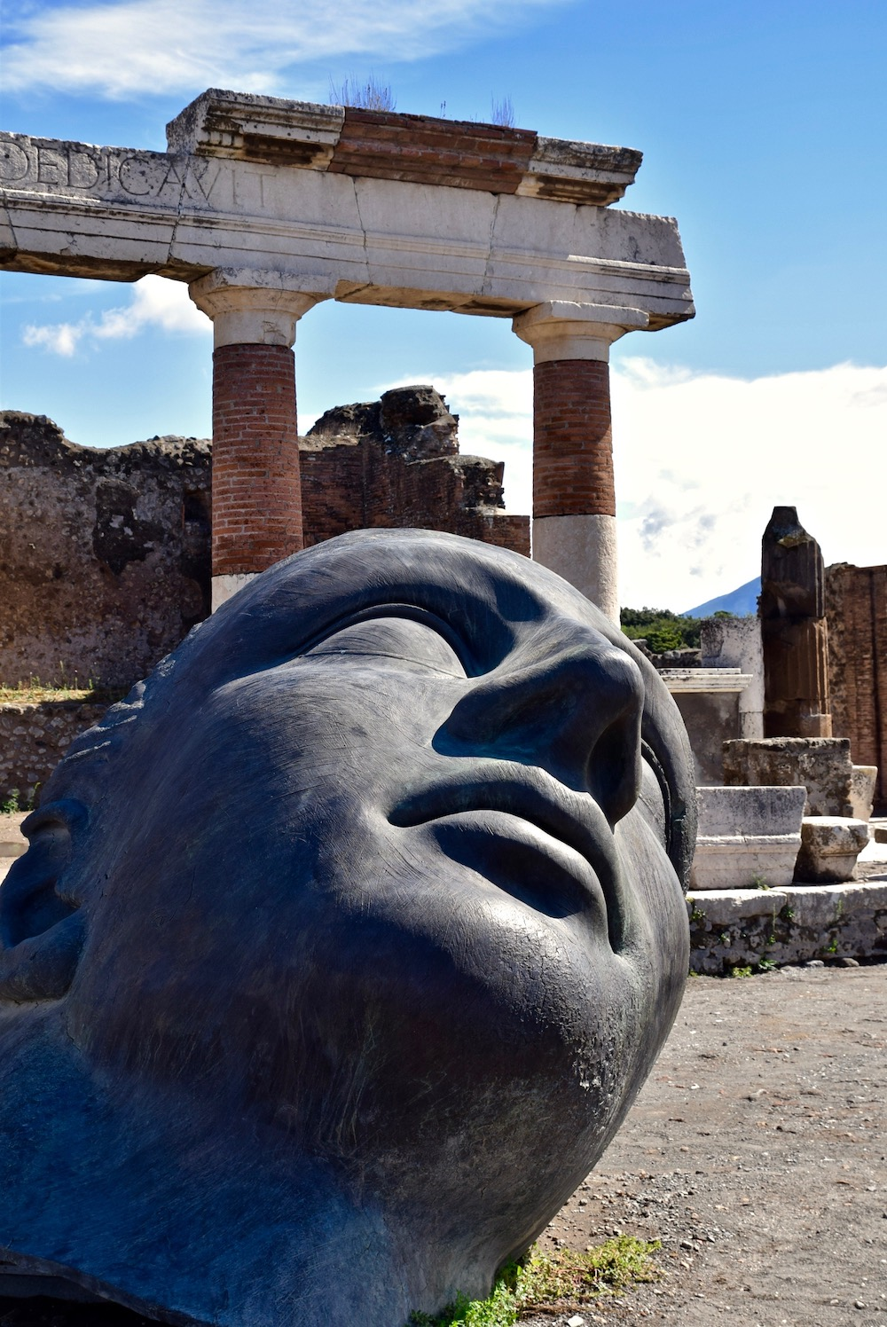 Pompeii Statue head.jpg