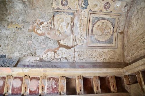 Pompeii ceiling.jpg