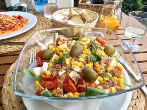 Ischia beach club salad.jpg
