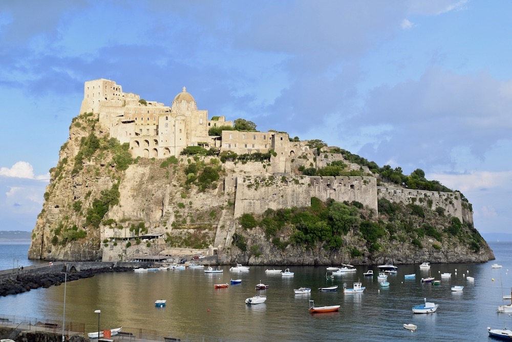 Castello Aragonese Ischia.jpg