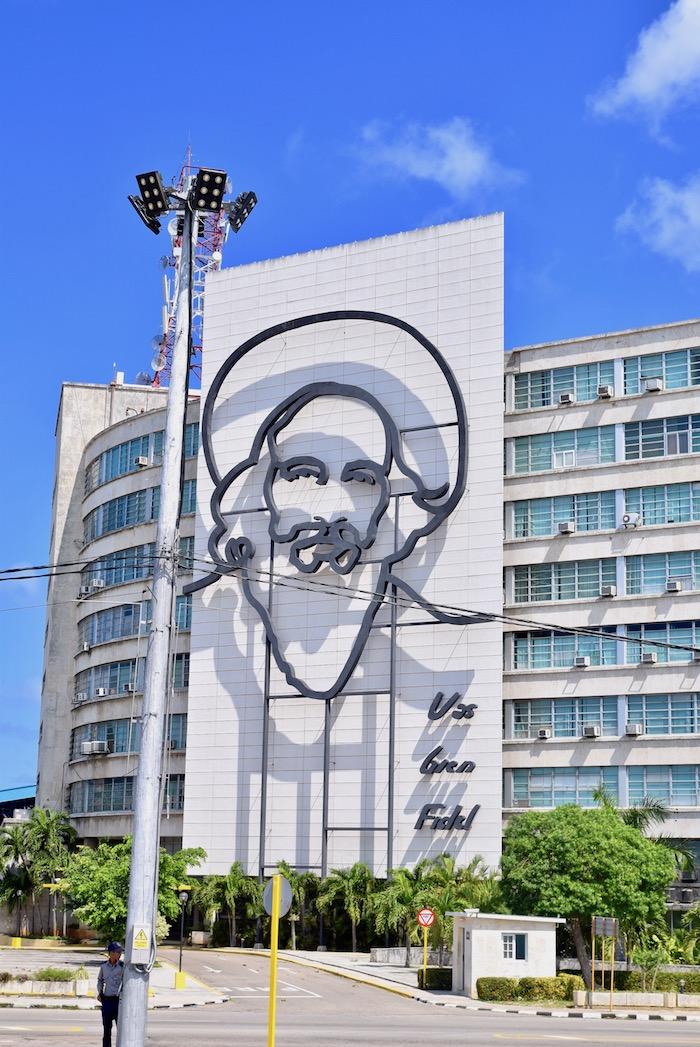 Fidel mural Havana.jpg