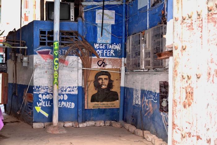 Cuban graffiti.jpg
