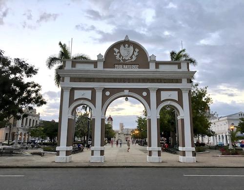 Cienfuegos square Cuba.jpg