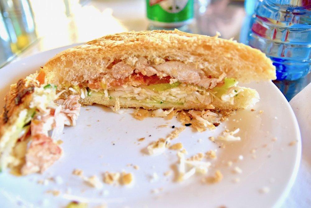 El Bily sandwich Vinales.jpg