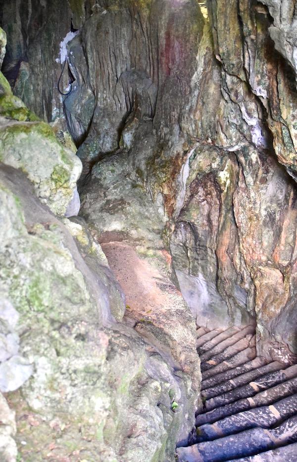 Vinales cave stairs.jpg