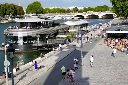 Paris bars on the Seine.jpg