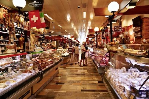 Geneva market.jpg