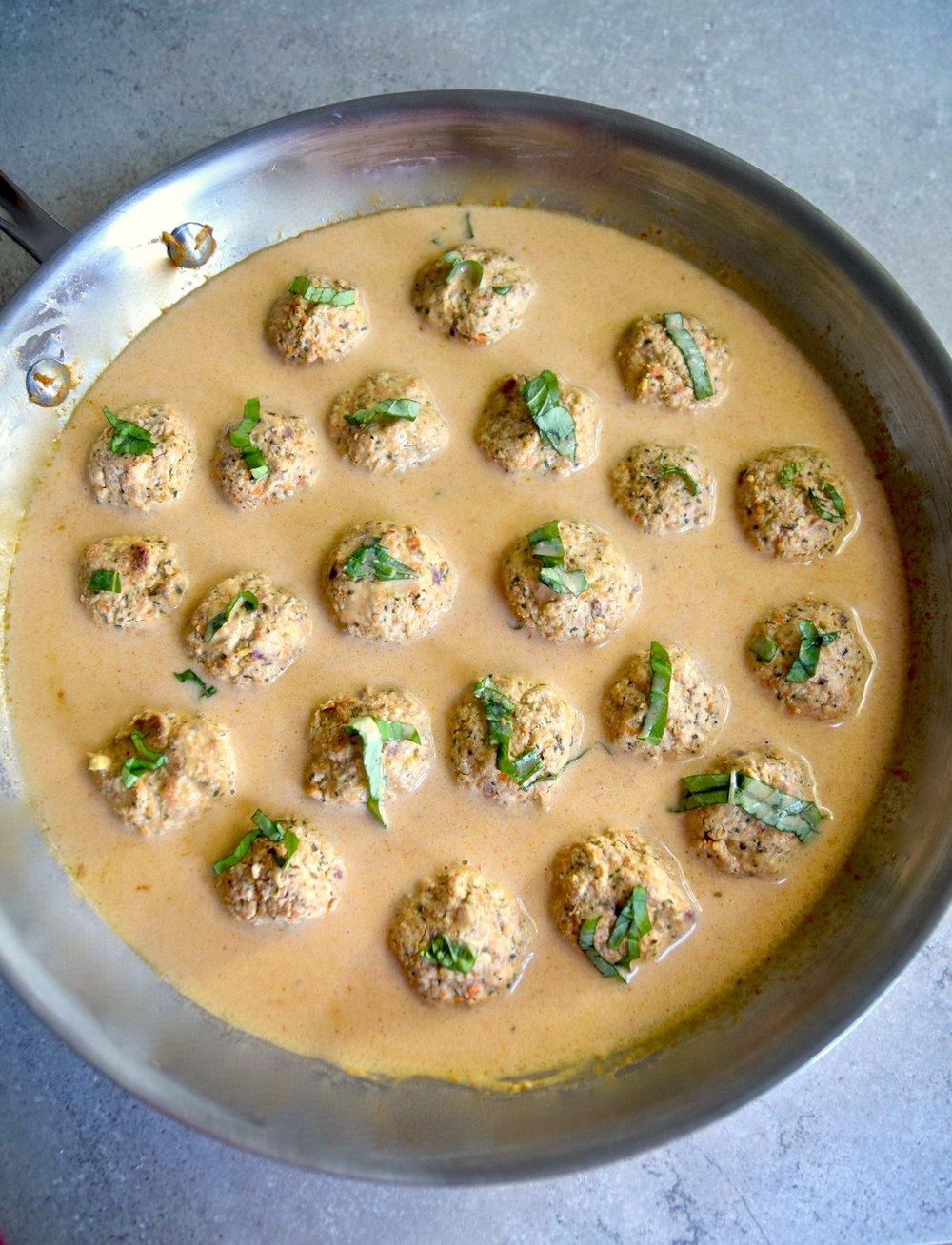 Paleo Thai meatballs.jpg