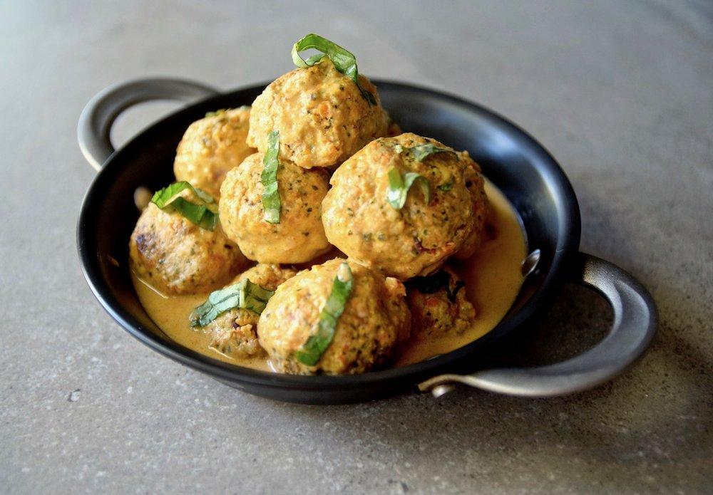 Thai coconut chicken meatballs.jpg