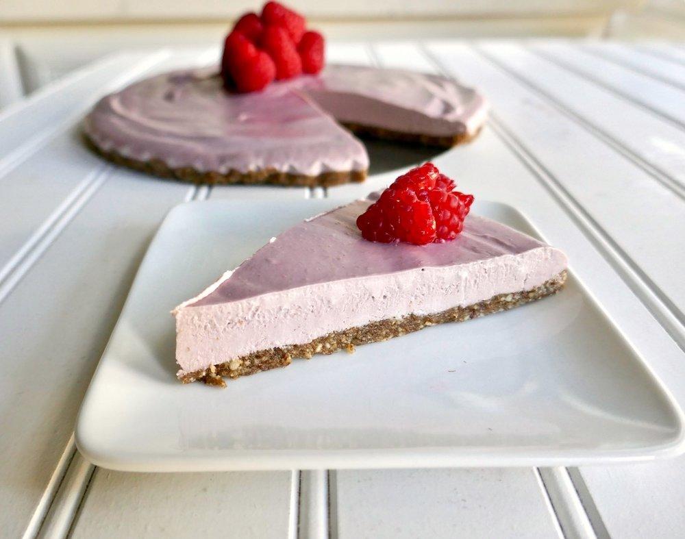 Vegan raspberry cheese cake gluten free paleo