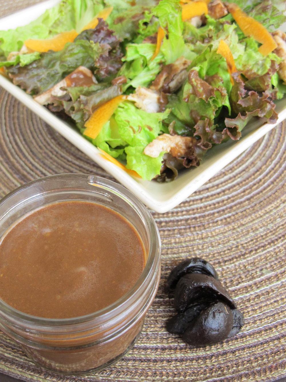 Black Garlic sauce and salad