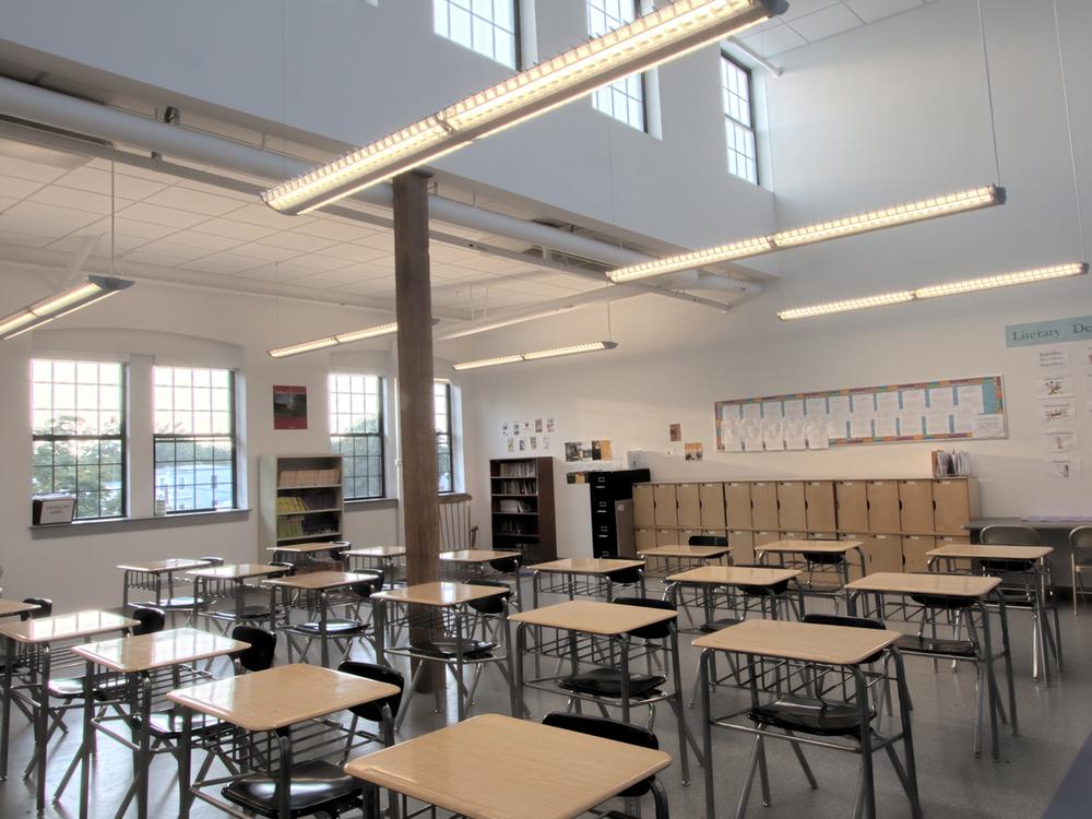 500d9ff14c148_BCCS 3rd floor Classroom 01.jpg