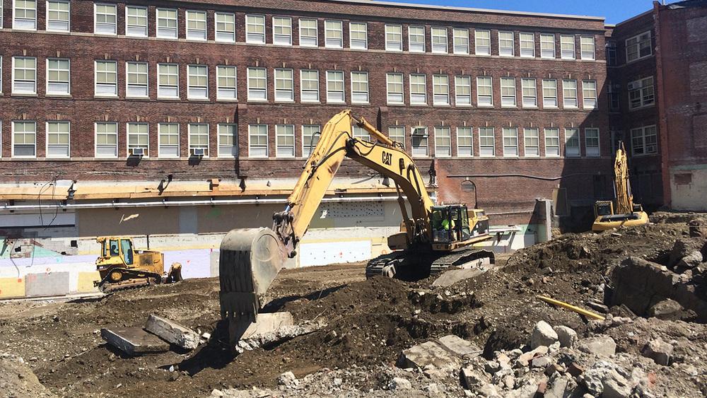 Clark Ave Construction-1-8.28.15.jpg
