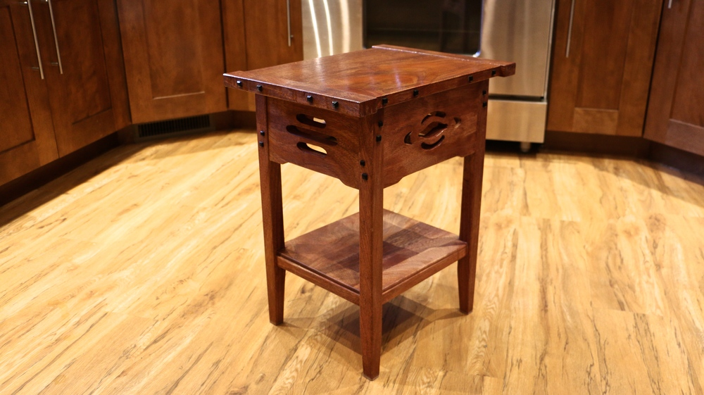 Madison Swords built a Greene & Greene side table as his first furniture build, all with hand tools, some of which he made himself.