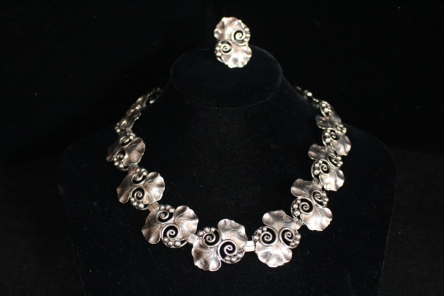02 06 Georg Jensen Necklace.jpg