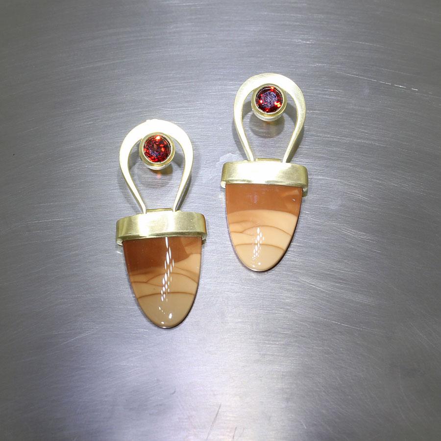 Item #23310920: Swinging Landscape Jasper Earrings with Garnets, 18KY Gold