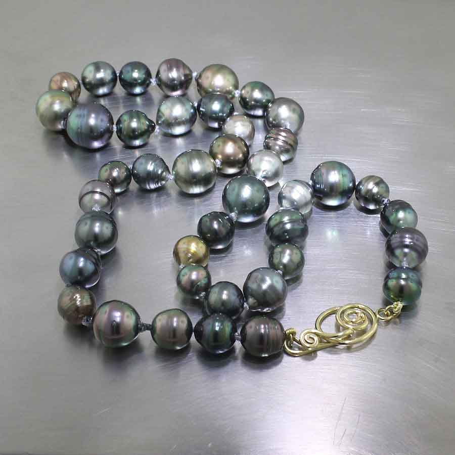 "Item #24410097: 19"" Multi-Color Tahitian Pearl Strand with Spiral/Hook Clasp, 18KY Gold"
