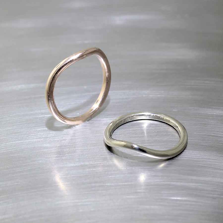 #21010138 (rose gold) & #21010139 (white gold)