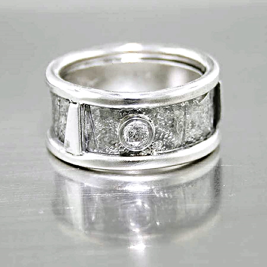 Style #10111666: Modern Bezel-Set Wide Diamond Band w/ Textured Finish
