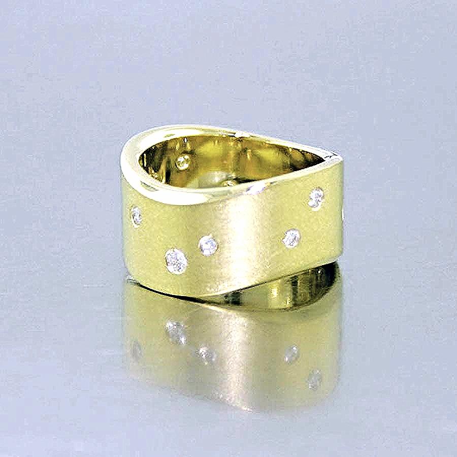 Style #11110145: Wide Yellow Gold Subtle Wave Band w/ Flush-Set Diamonds