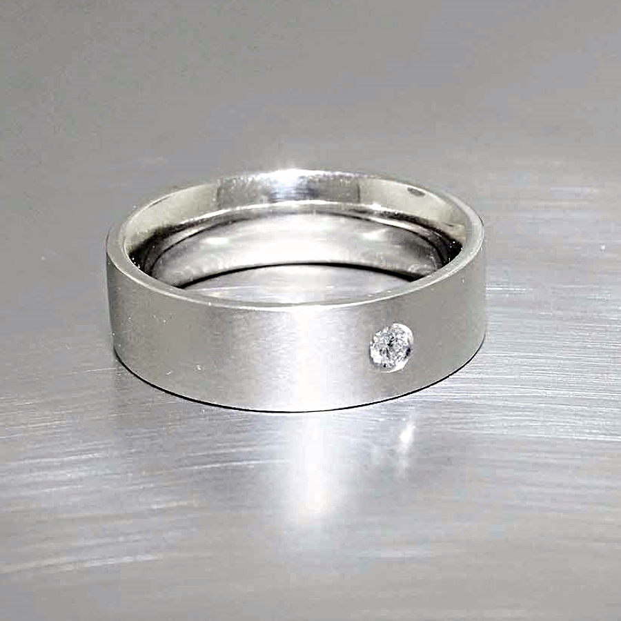 Style #21110073: Single Flush-Set Diamond Band in Matte-Finished White Gold