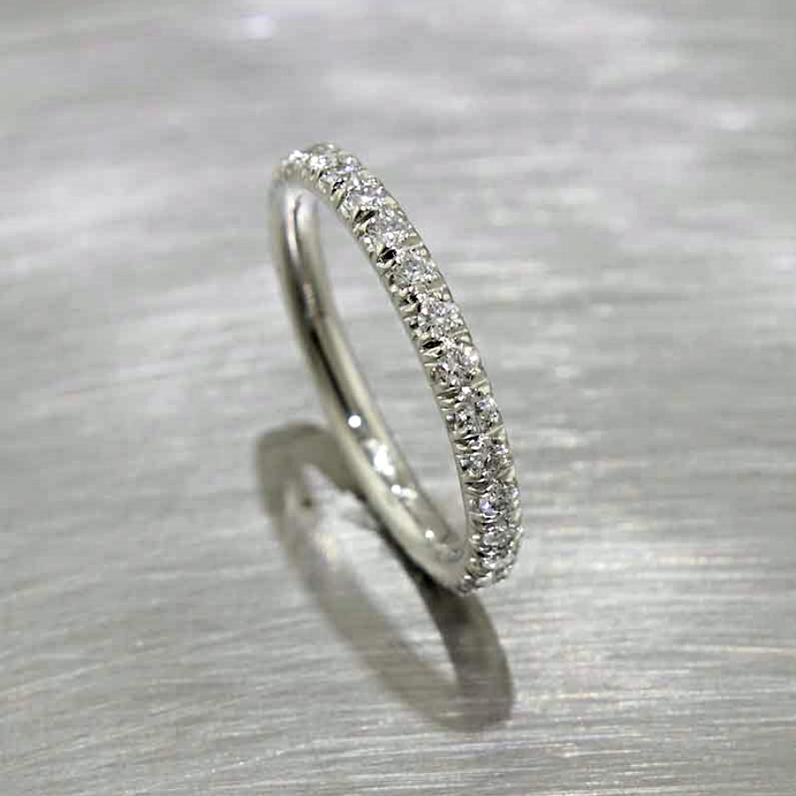 Style #21110089: Fishtail-Style Diamond Eternity Band in Platinum