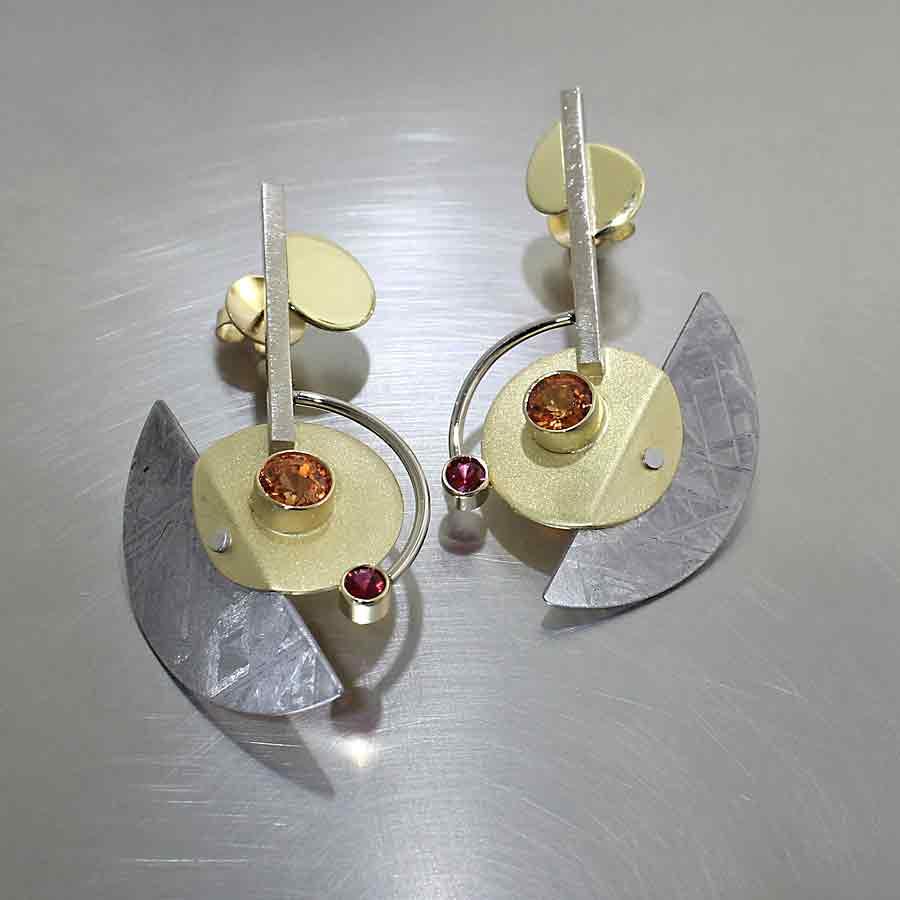 Style #23311035: Stunning Spessartite Garnet, Red Spinel & Meteorite Sheet Earrings, 18KY Gold