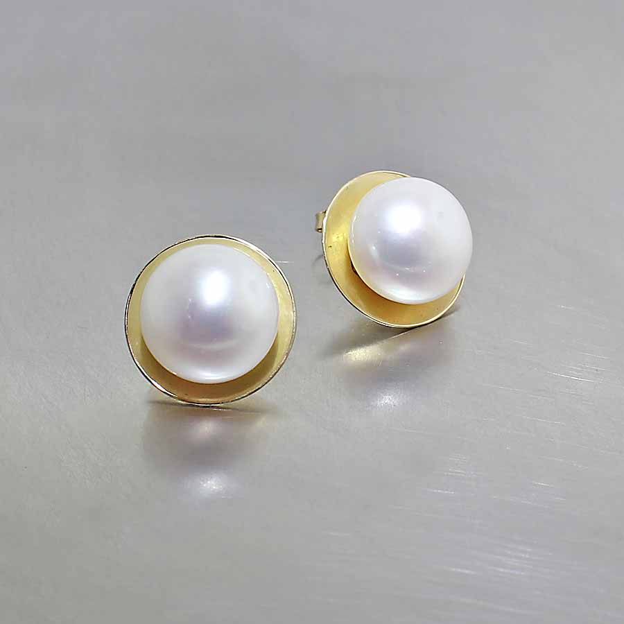 earrings stud pearl akoya hanadama single