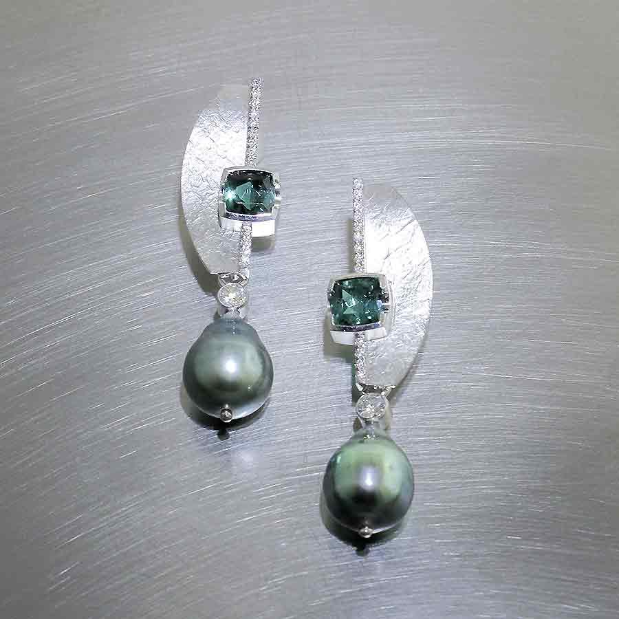 Style #23311013: Platinum Light Green Tourmaline & Diamond Earrings w/ Removable Tahitian Pearl Drops