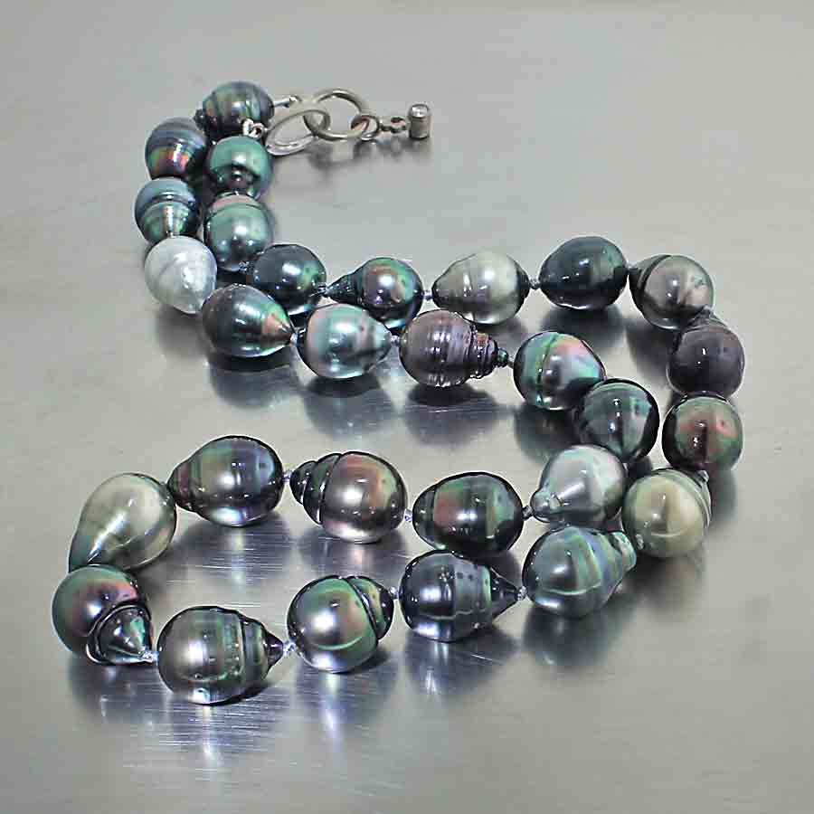 Style #24410111: Jewel-Tone Tahitian Pearls Featuring Diamond-Enhanced Clasp, 14KW Gold