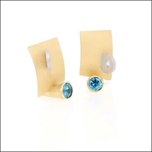 Style #23311057 Blue Zircon Geometric Earrings, 18KY & Platinum