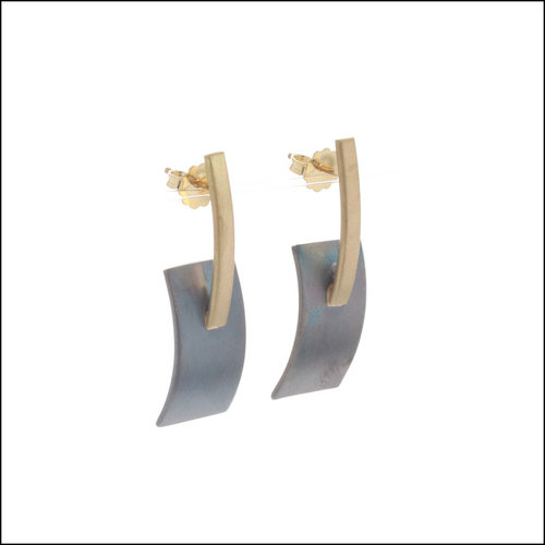 Style #28110470 Oxidized SS & 18KY Bowed Rectangle with Bar Earrings