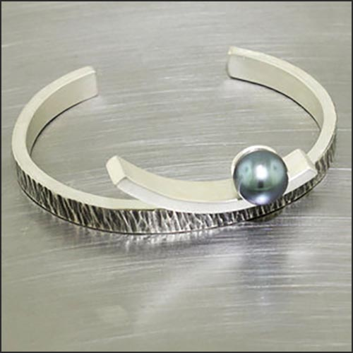 Item #24310051: Heavy Textured Bar Cuff with Round Tahitian Pearl, Oxidized Sterling Silver