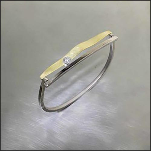 Diamond Wavy Bar Hinged Bangle Bracelet, 18KW & 18KY