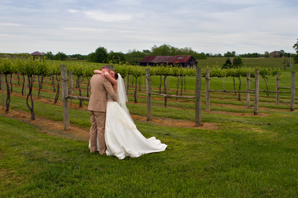 lexingtonweddingphotographyattalonwinery