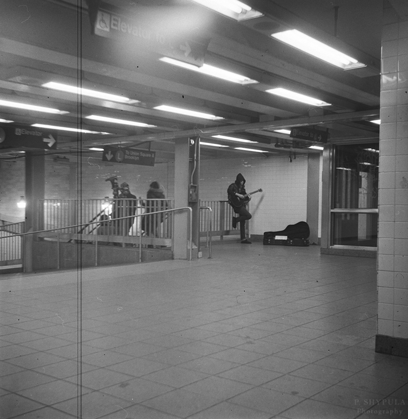 14th St. Subway Lubitel 166B, Ultrafine Xtreme 400