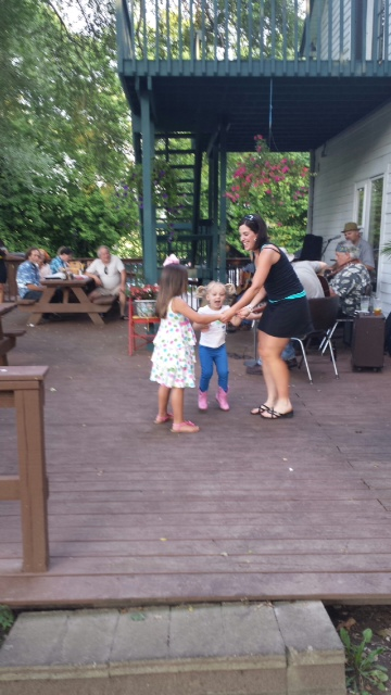 Dancing to live music at Wallace Station with Carly and Ella!