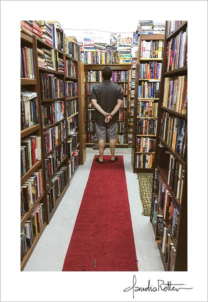 Nu2U bookstore shelves