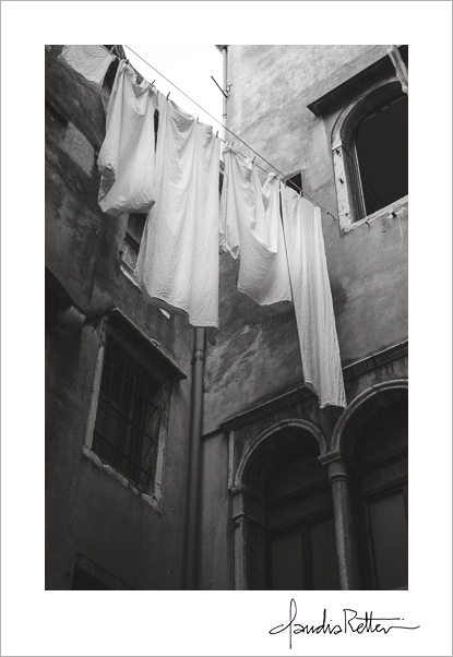 Laundry in the courtyard, Venice