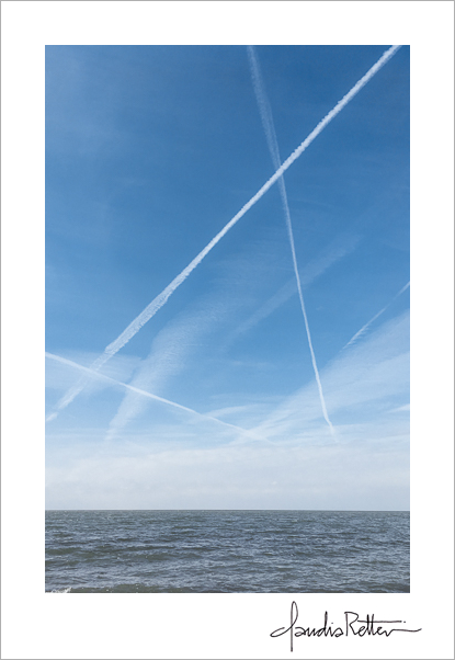 Contrails over Lake Erie